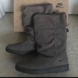 NIKE sneaker hoodie boots